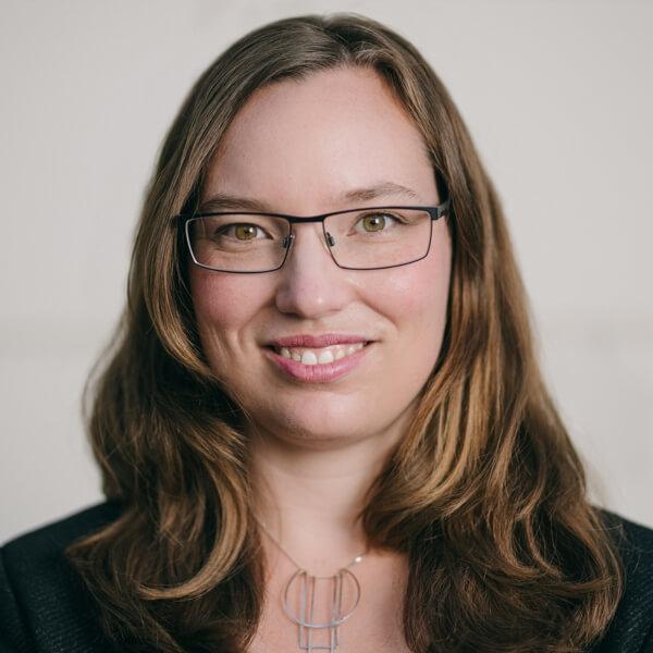 Laura Wamprecht headshot