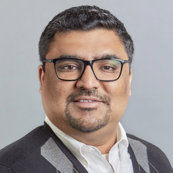 Ajeeth Veeraraghavan headshot