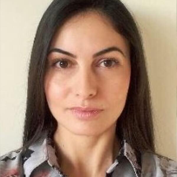 Kristina Russeva headshot