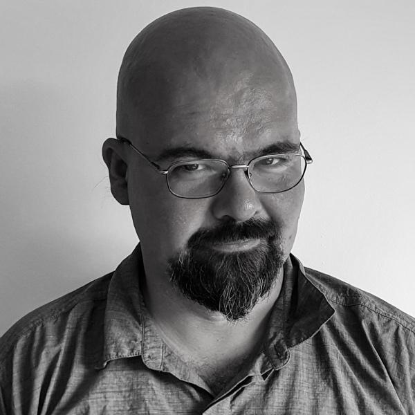 Petar Delchev headshot
